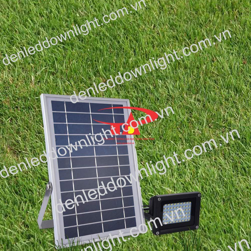 đèn pha năng lượng mặt trời 120 LED chất lượng cao